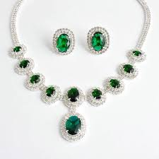 Picture of Emerald Necklace and Earrings